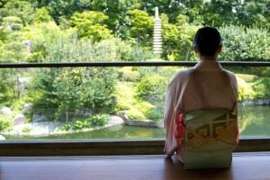 韓国人「着物を着た日本人女性が美しすぎる!」
